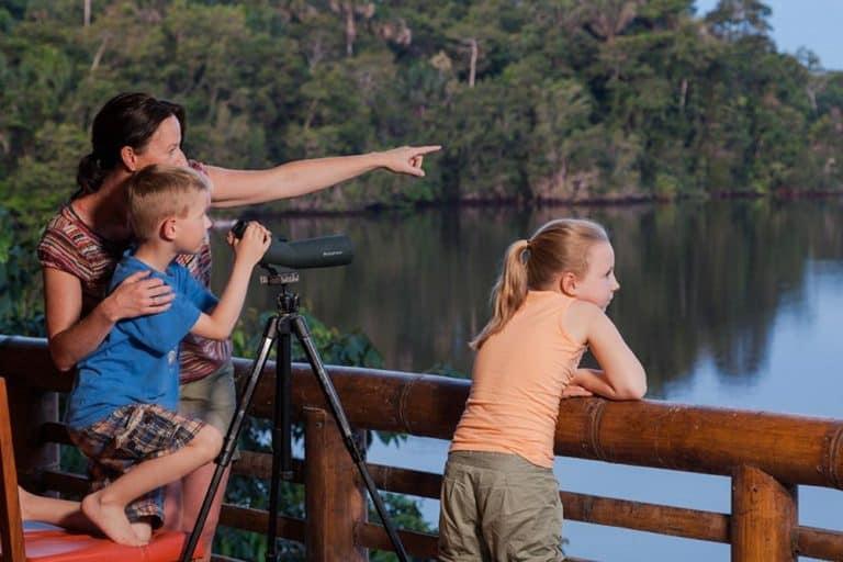 Luxury family volunteer vacation ecuador