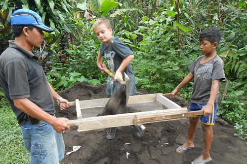luxury volunteering in Bali