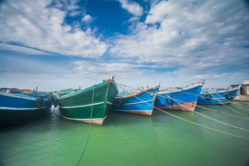 Luxury volunteer vacation boats in Sri Lanka