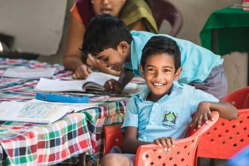 Meaningful luxury vacation teaching in Sri-lanka